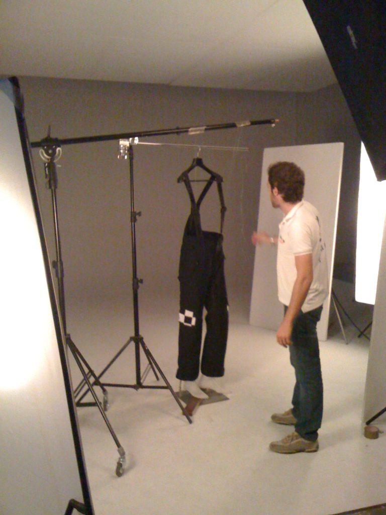 Fotografia e-commerce abbigliamento manichino andrea baronio brescia fotografo backstage