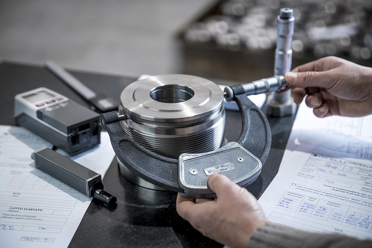 fotografo industriale brescia strumento precisione